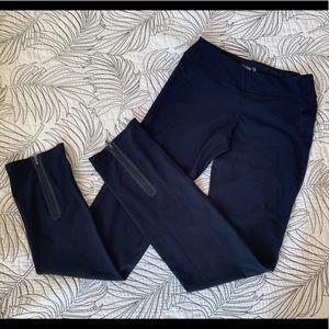 🤑 Black leggings